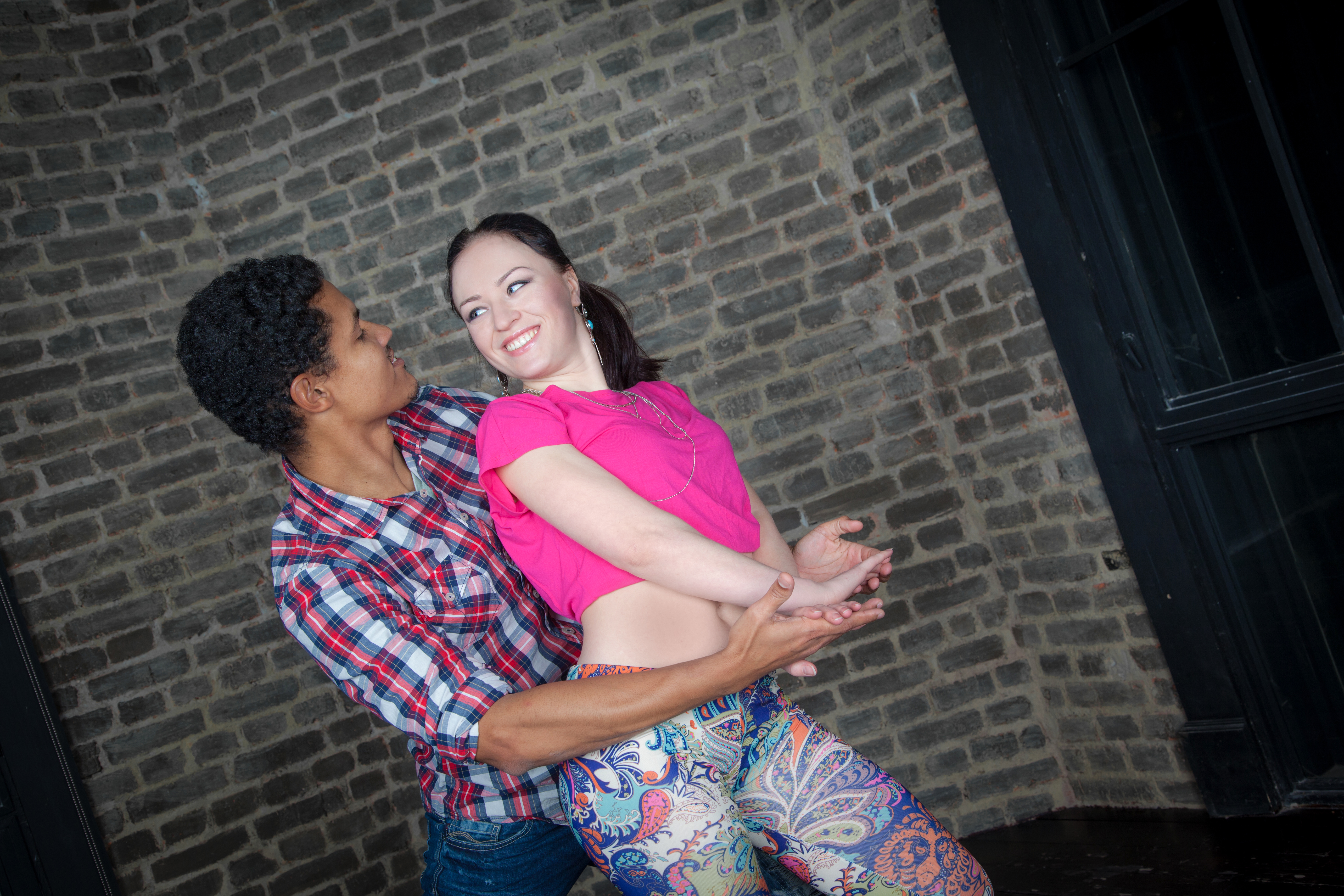 танцы, парные танцы, школа танцев, сальса, бачата, кизомба, бути, латина, растяжка, стретчинг,  salsa, bachata. kizomba, бачата
